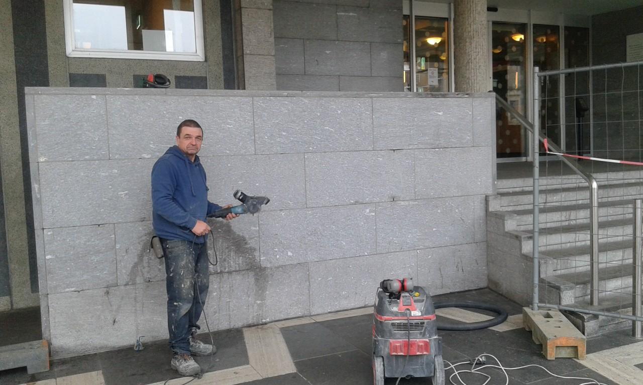 Renovatie muur Paleis van Justitie